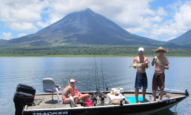 Fresh water fishing costa rica enjoy the best for Costa rica fishing vacations