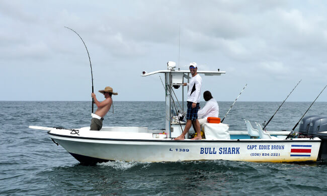 Tortuguero fishing vacation tarpon of tortuguero for Costa rica fishing packages