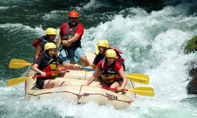 rafting-on-the-rio-pacuare.jpg