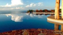 20 Surprising Costa Rica Swimming Pools (pics)