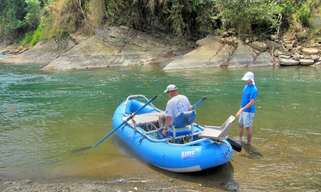 River fly fishing costa rica fly fishing in the jungle for Costa rica fishing packages