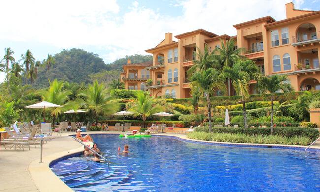 Bella vista condos vacation rental in jaco costa rica for Costa rica vacations rentals