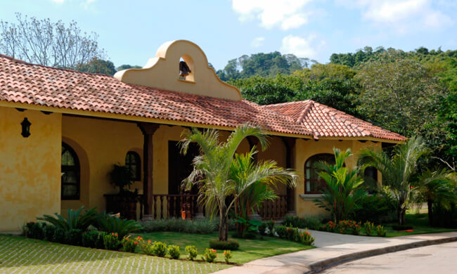 Luxury rentals jaco costa rica casa campana for Costa rica house rental with chef