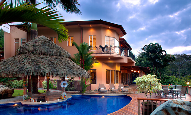 Rentals in costa rica casa oasis in jaco 39 s herradura beach for Vacation homes for rent in costa rica